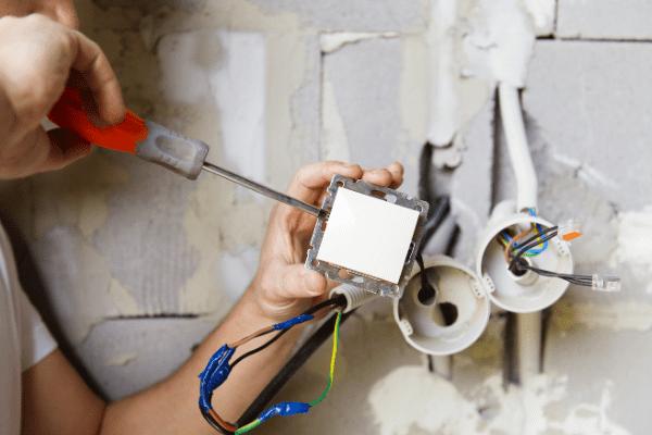 Elektricien stopcontact